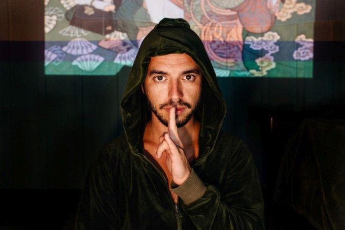 Bernardo Bravo lança novo álbum em show no Teatro do Paiol
