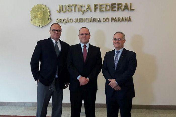 Presidente da APEP prestigia posse de nova diretoria da Justiça Federal no Paraná