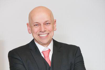 Leandro Karnal aborda as organizações por trás dos espelhos em conferência no CONPARH