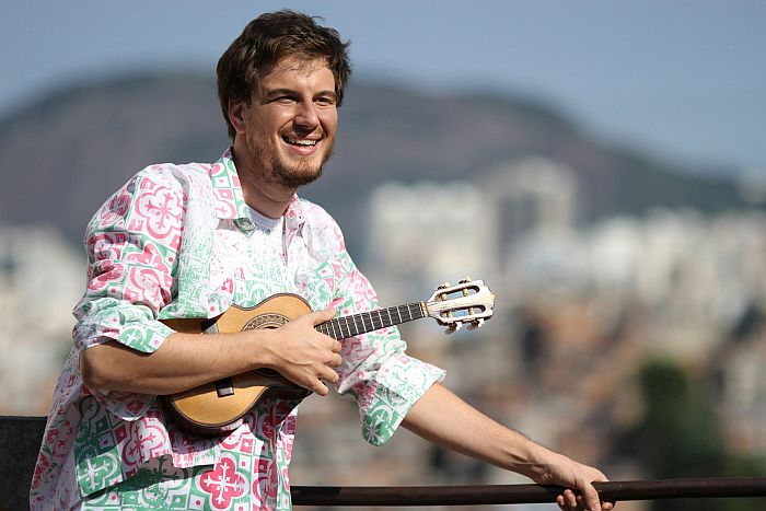Tomaz Miranda: a simpatia no samba
