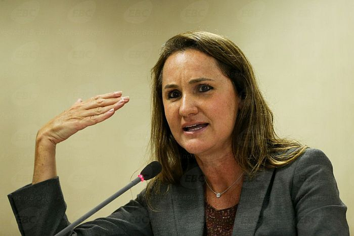 Secretária Nacional de Direitos Humanos dá aula magna em Curitiba