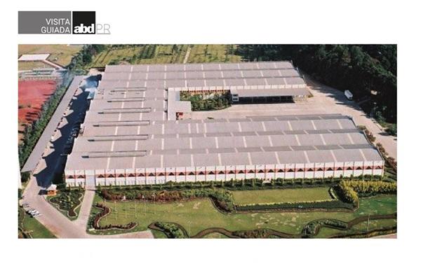 ABD-PR leva profissionais para conhecer fábrica da Häfele do Brasil em Piraquara