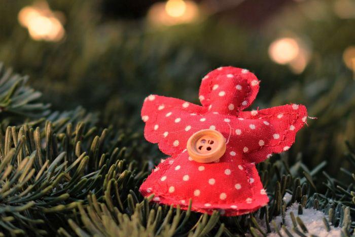 Programação infantil do Novo Batel encerra com oficina de criação de anjinhos de Natal
