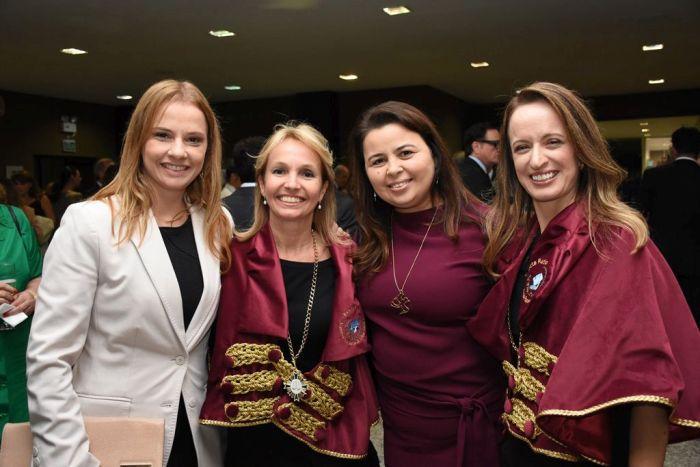 Procuradores do Paraná prestigiam posse de novos membros da APLJ