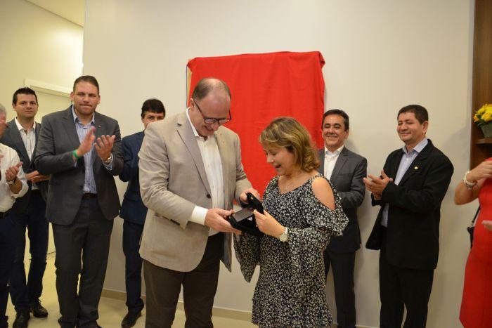 Presidente da APEP recebe homenagem da CAA/PR em Foz do Iguaçu