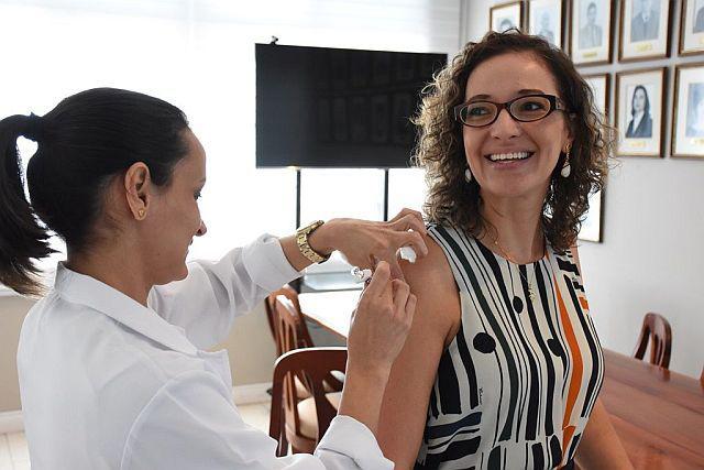 Campanha 2018 da APEP imunizou 86 pessoas contra a gripe