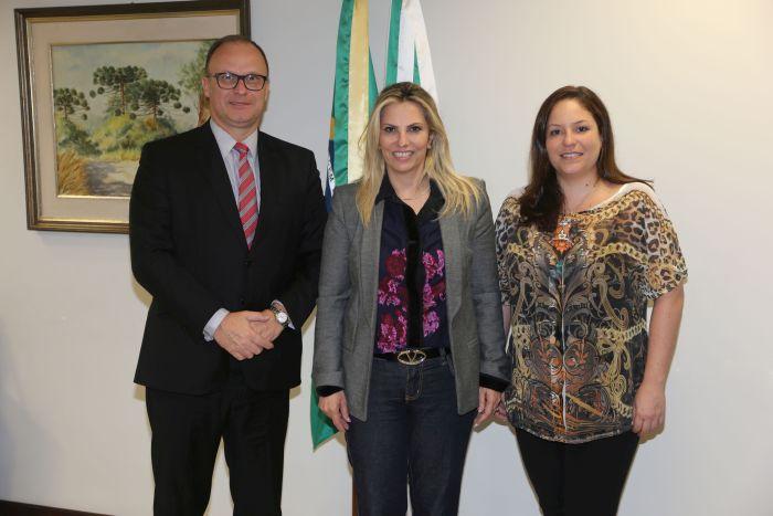 Diretoria da APEP se reúne com a vice-governadora do Paraná