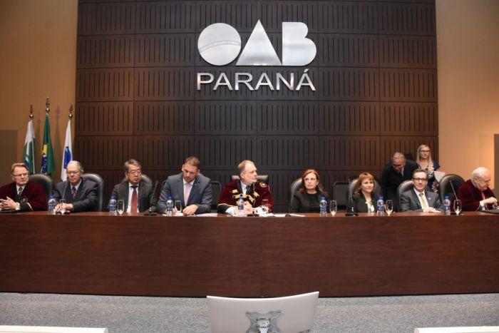 Diretoras da CAA/PR prestigiam posse de novos membros da APLJ