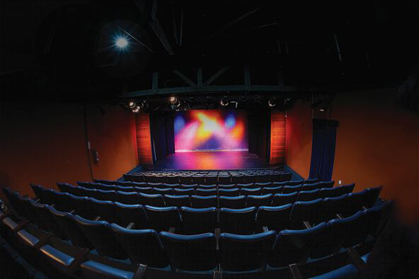 Teatro Barracão EnCena está com matrículas abertas
