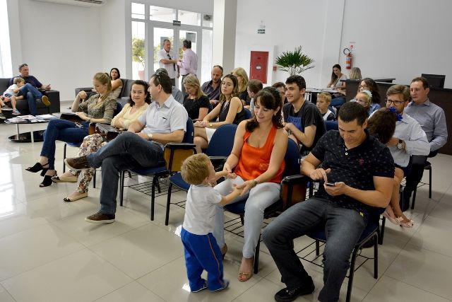 Campanha de vacinação contra gripe da CAA-PR prossegue em todo Paraná