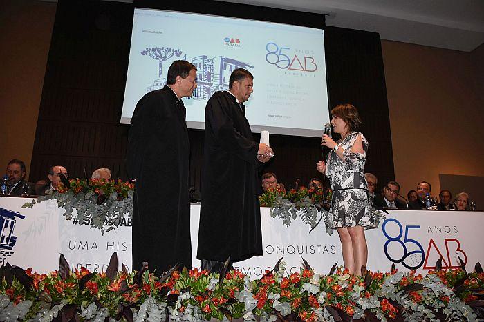 CAA-PR presta homenagem à OAB Paraná pelo aniversário de 85 anos