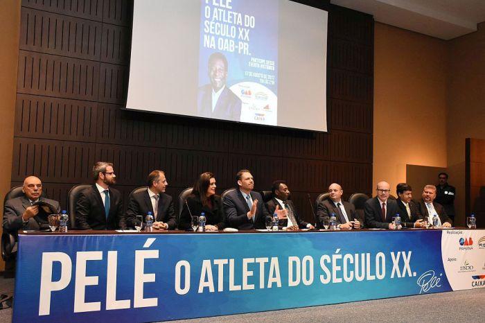 Diretoria da CAA-PR prestigiou evento da OAB com o Rei Pelé