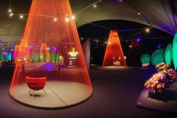 Exposição Irmãos Campana vai domingo no Museu Oscar Niemeyer