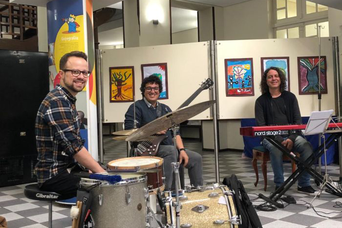 Cariguá Trio lança primeiro CD em show no Teatro Paiol
