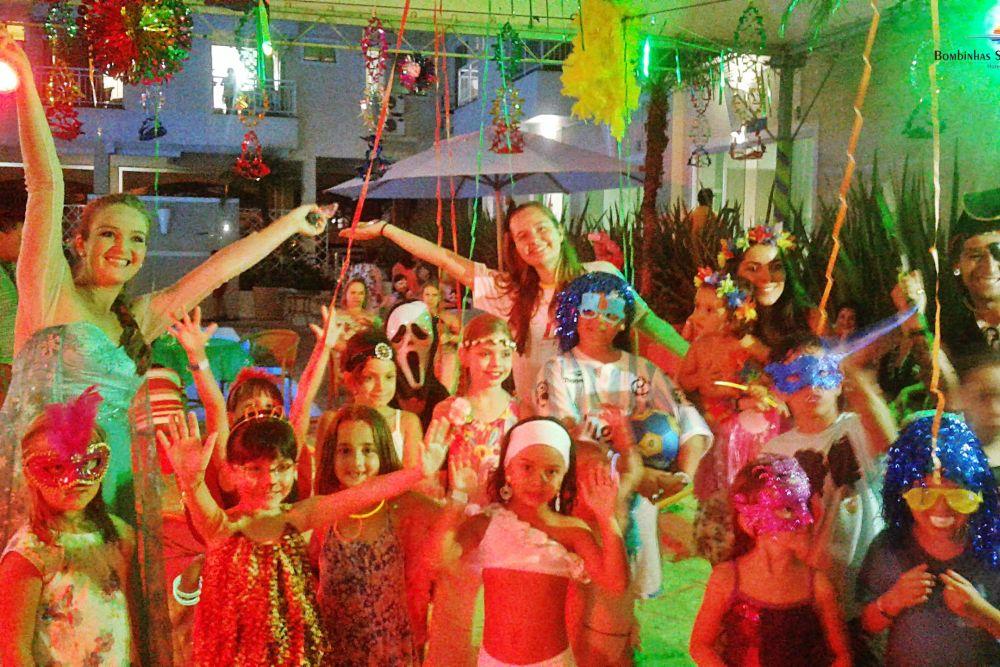 Carnaval anima hóspedes do Bombinhas Summer Beach