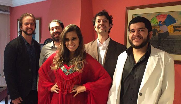Show de lançamento de CD do grupo Caxangá no Paiol traz sambas de compositores paranaenses