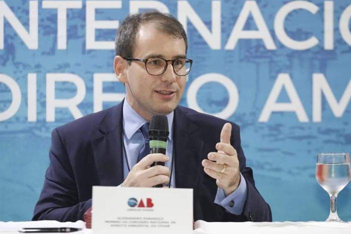 Diretor tesoureiro da CAA/PR presidiu mesa em Conferência Internacional de Direito Ambiental