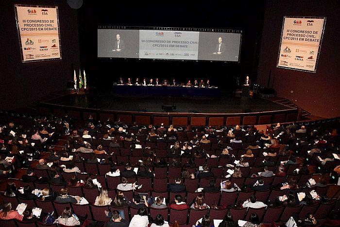 Presidente da CAA-PR prestigia abertura do III Congresso de Processo Civil