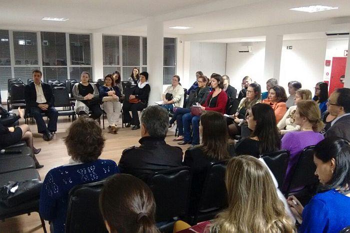 Constelação Familiar como solução de conflitos foi tema de evento da CAA-PR