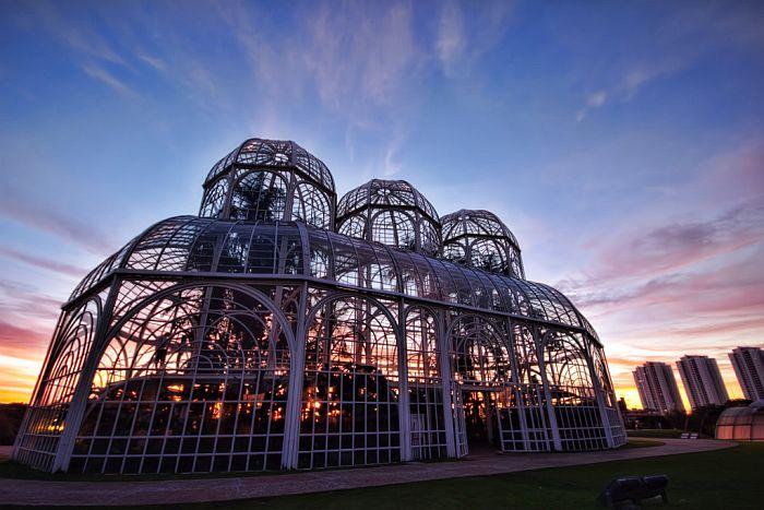 Como aproveitar os últimos dias de férias em Curitiba gastando pouco
