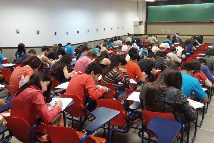 Cursinho Solidário abre processo seletivo para Superintensivo