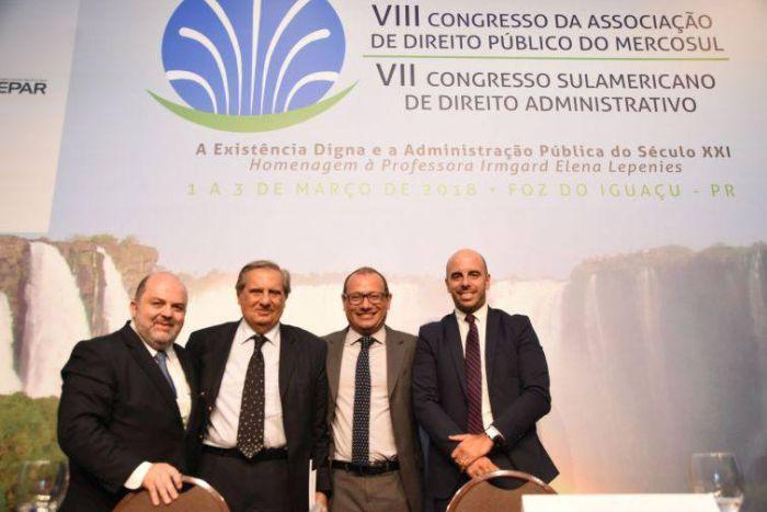 Debate sobre princípios do Direito Administrativo fecha o segundo dia dos congressos do IPDA em Foz