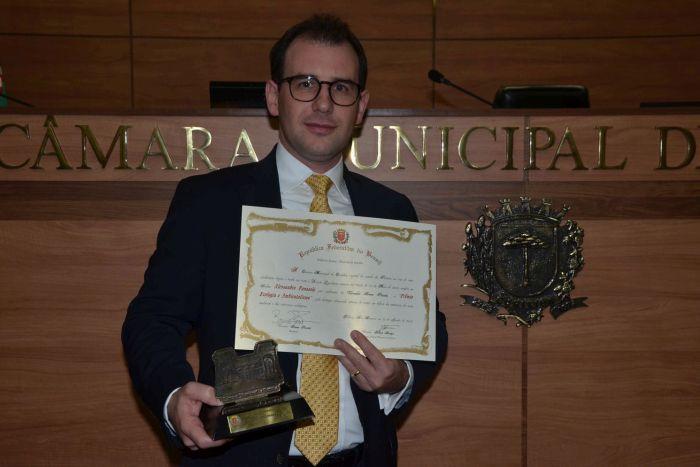 Advogado Alessandro Panasolo recebe Prêmio Ecologia e Ambientalismo