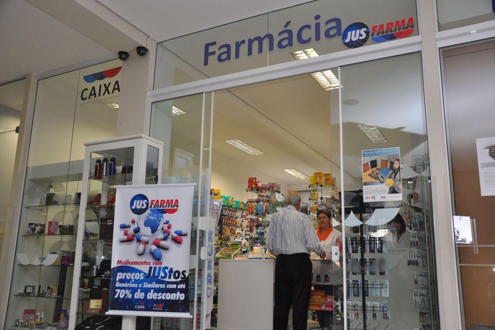 Farmácias do advogado oferecem desconto de até 70% em medicamentos