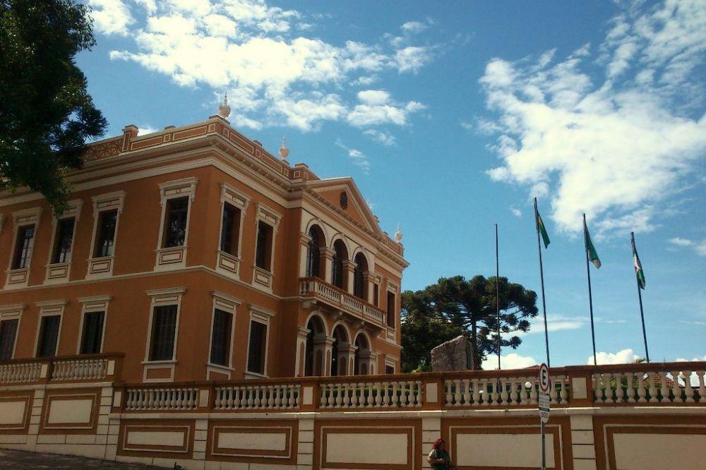 Férias em Curitiba: roteiro para descobrir a cidade e sua história