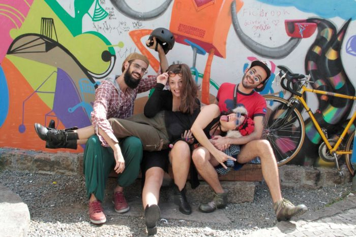Peça teatral aborda dilemas da juventude do século 21