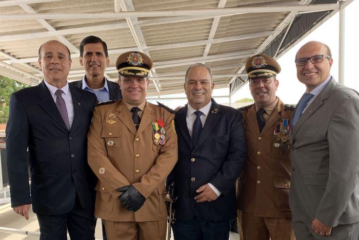 CREF9/PR prestigia troca de comando da Academia Policial Militar do Guatupê