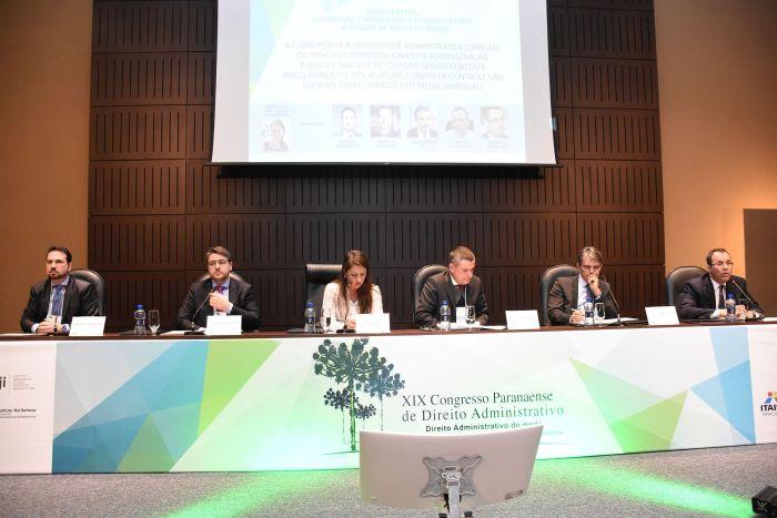 Corrupção e improbidade administrativa pautam debates no congresso de Direito Administrativo