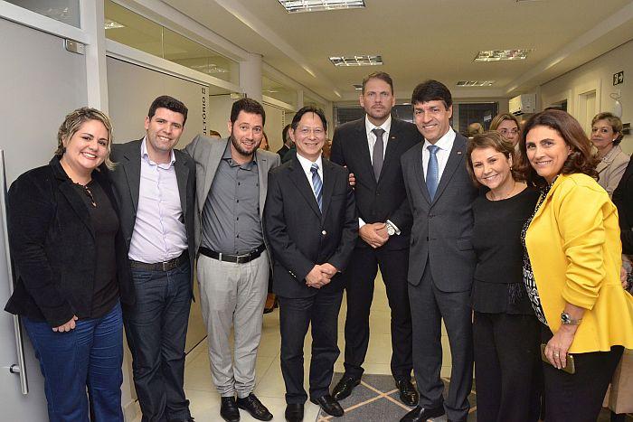 CAA-PR e OAB Paraná inauguram consultório médico no Edifício Maringá
