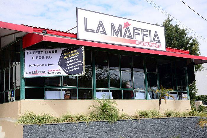 Restaurante com temática da Máfia Italiana é inaugurado em Curitiba