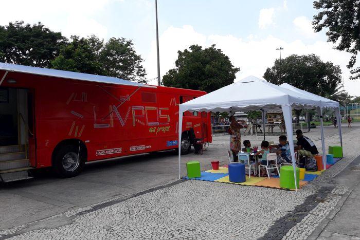 Projeto ônibus biblioteca