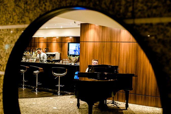 Grand Hotel Rayon apresenta seu Lobby Bar