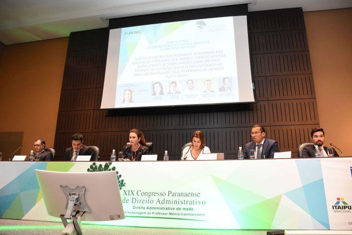 Mudanças na lei de licitações conduzem debates em congresso de Direito Administrativo