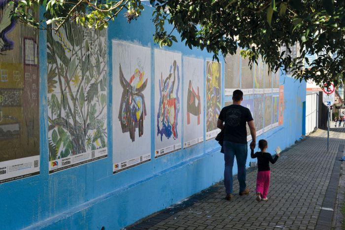 APAP/PR lança 1ª livro do Projeto Muros Visuais de Curitiba