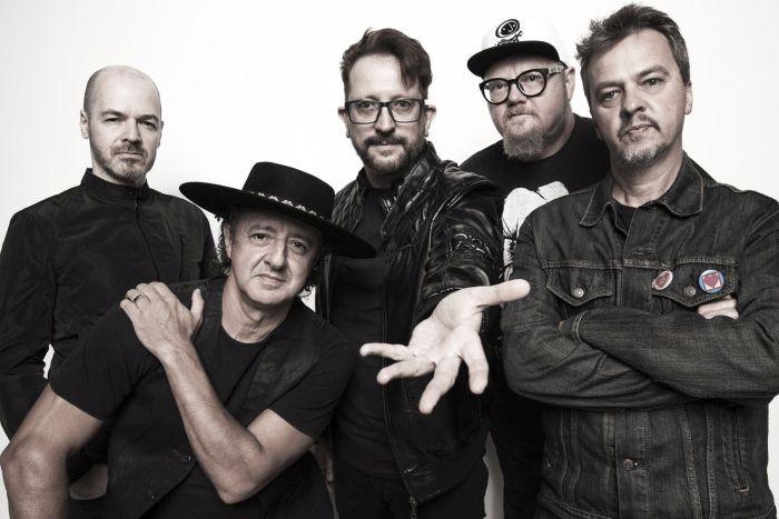 Banda Nenhum de Nós traz rock a Curitiba em pocket show gratuito