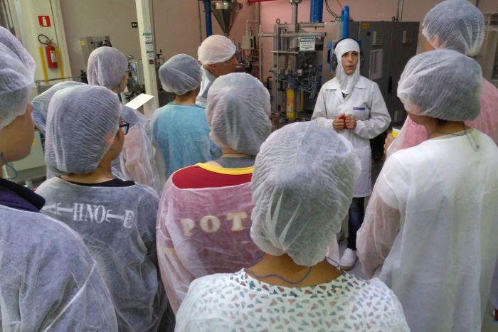 Nutrimental abre a fábrica para Alunos de Ensino Médio