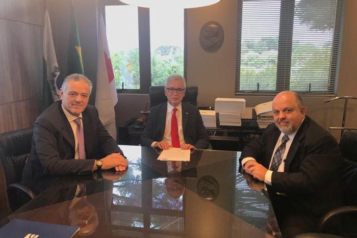 IPDA e OAB Paraná firmam parceria para realização de congresso de Direito Administrativo
