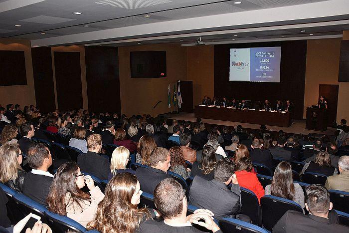 OABPrev-PR completa 10 anos como o maior fundo de pensão do Paraná em participantes