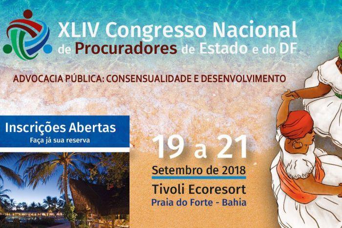Oito procuradores paranaenses apresentam teses no Congresso Nacional na Bahia