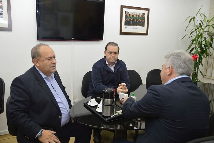 CREF9/PR e Secretaria de Esporte e Turismo debatem novas parcerias