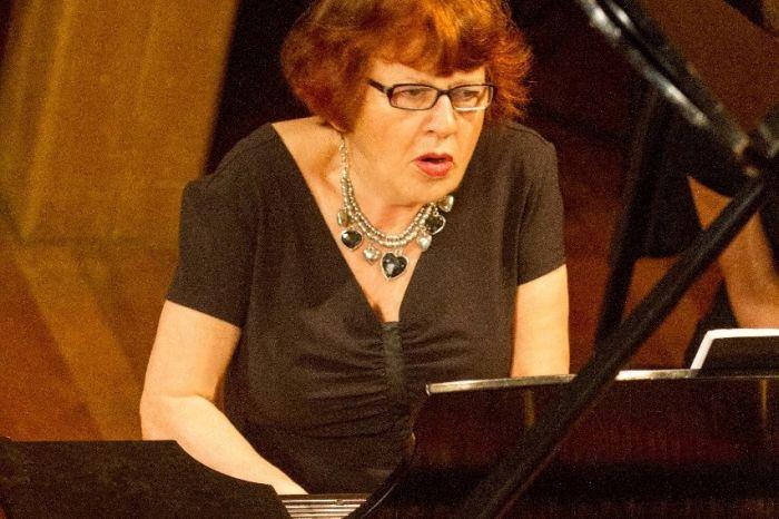 Olga Kiun lança CD em concerto de piano solo