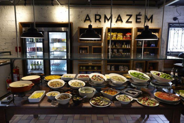 Casa de Pães de Curitiba oferece diversas opções vegetarianas para o almoço