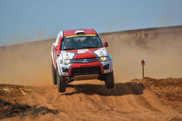 Problemas mecânicos atrapalham paranaenses no Rally Cuesta Off Road