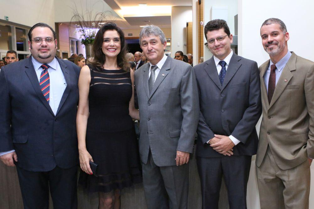 Procurador do Estado toma posse como conselheiro da OAB Londrina