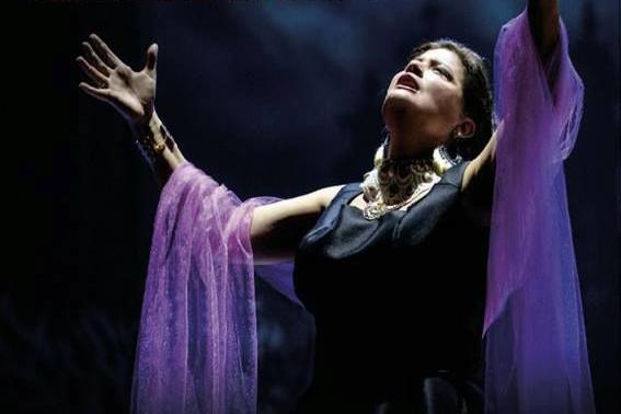 Curitiba recebe única apresentação da Cantora Lírica Ana Häsler