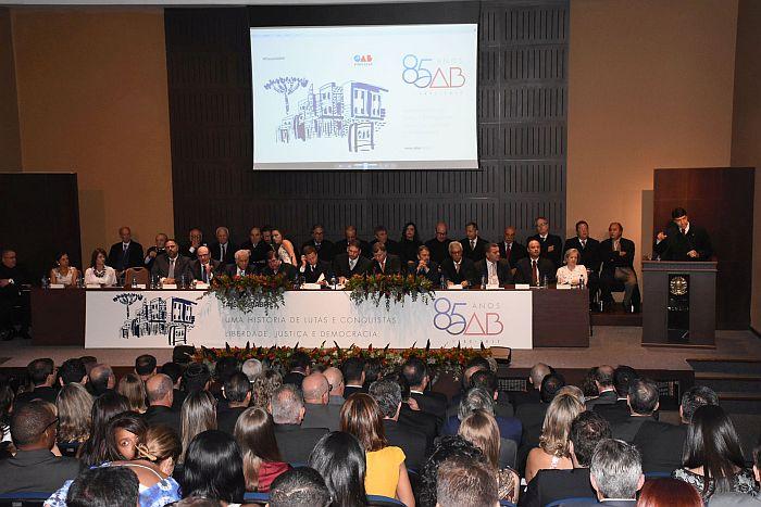 Presidente da CAA-PR destaca papel fundamental da OAB na redemocratização do Brasil